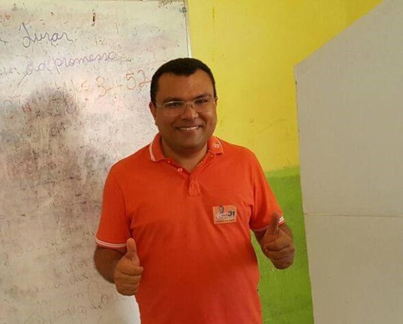 Prefeito Angelo Jose Sena Santos, o Dr. Macaxeira.